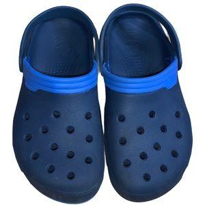 CROCS Men's Classic Blue & Blue Size 6(M) 8(W)